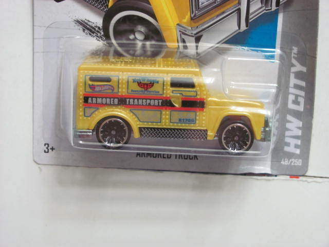 HOT WHEELS 2013 HW CITY - CITY WORKS ARMORED TRUCK YELLOW