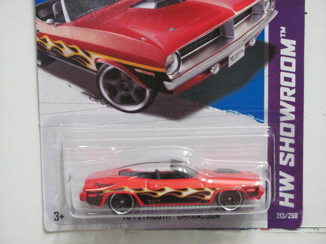 HOT WHEELS 2013 HW SHOWROOM - HEAT FLEET '70 PLYMOUTH BARRACUDA RED