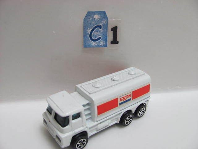 CORGI JUNIORS GUY TANKER EXXON LOOSE