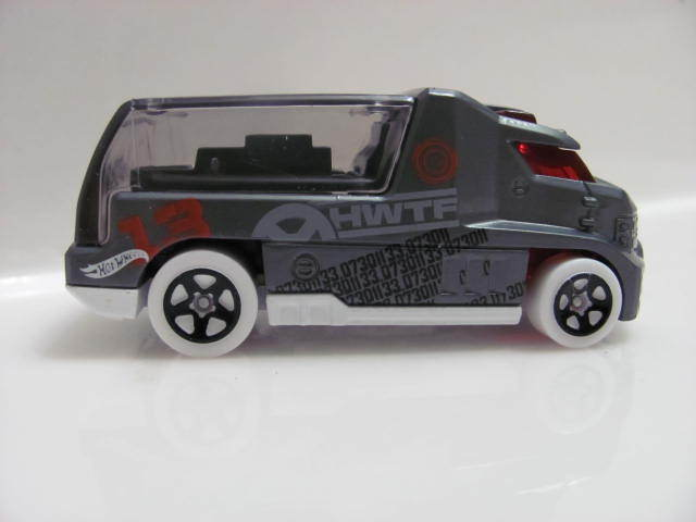 HOT WHEELS HWTF RAPID RESPONSE GRAY LOOSE