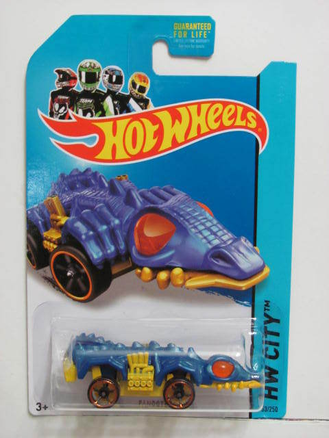 HOT WHEELS 2014 TREASURE HUNT HW CITY STREET BEAST FANGSTER REG.