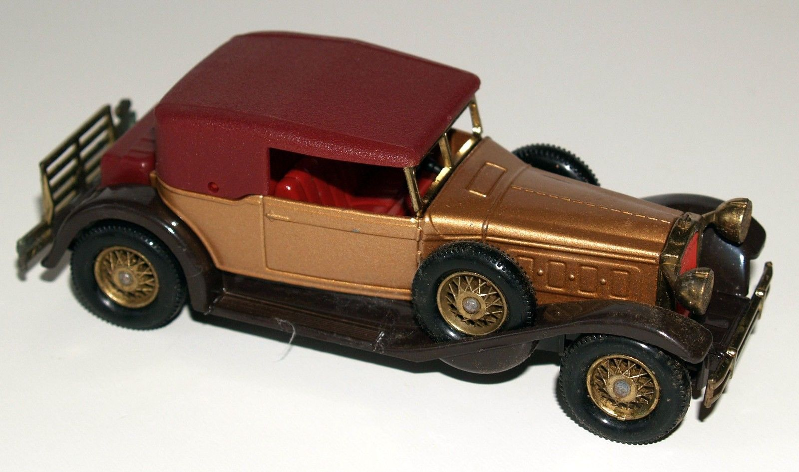 MATCHBOX MODELS OF YESTERYEAR Y-15 1930 PACKARD VICTORIA 1:46