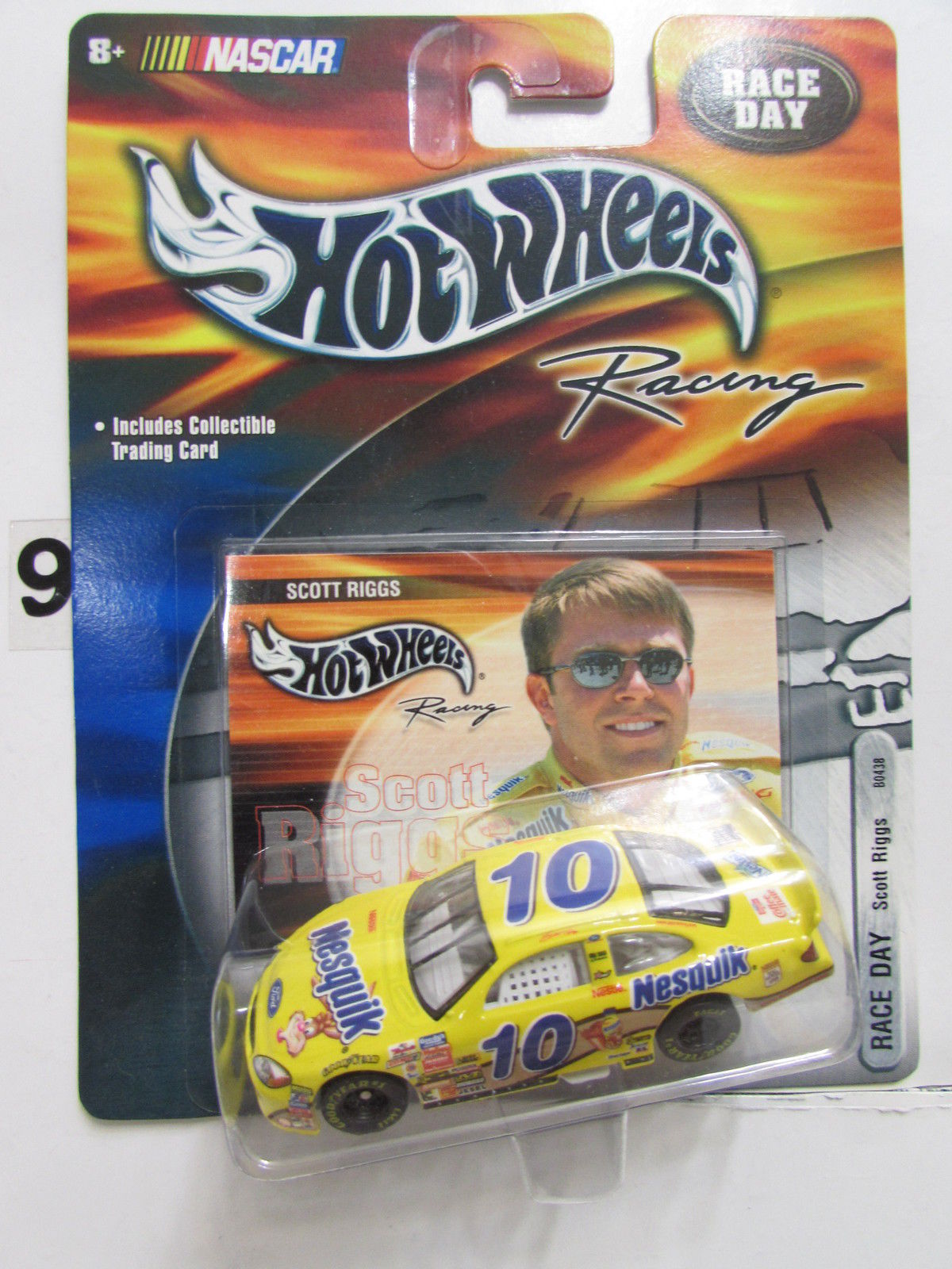 HOT WHEELS NASCAR RACING RACE DAY #10 SCOTT RIGGS