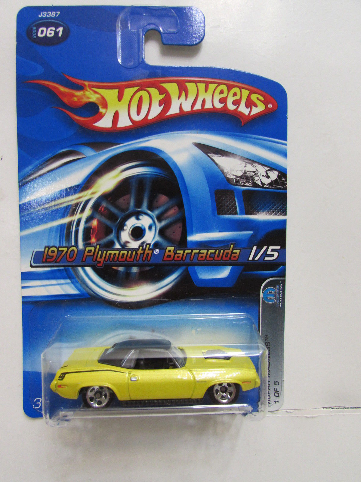 HOT WHEELS 2006 1970 PLYMOUTH BARRACUDA 1/5 MOPAR MADNESS YELLOW