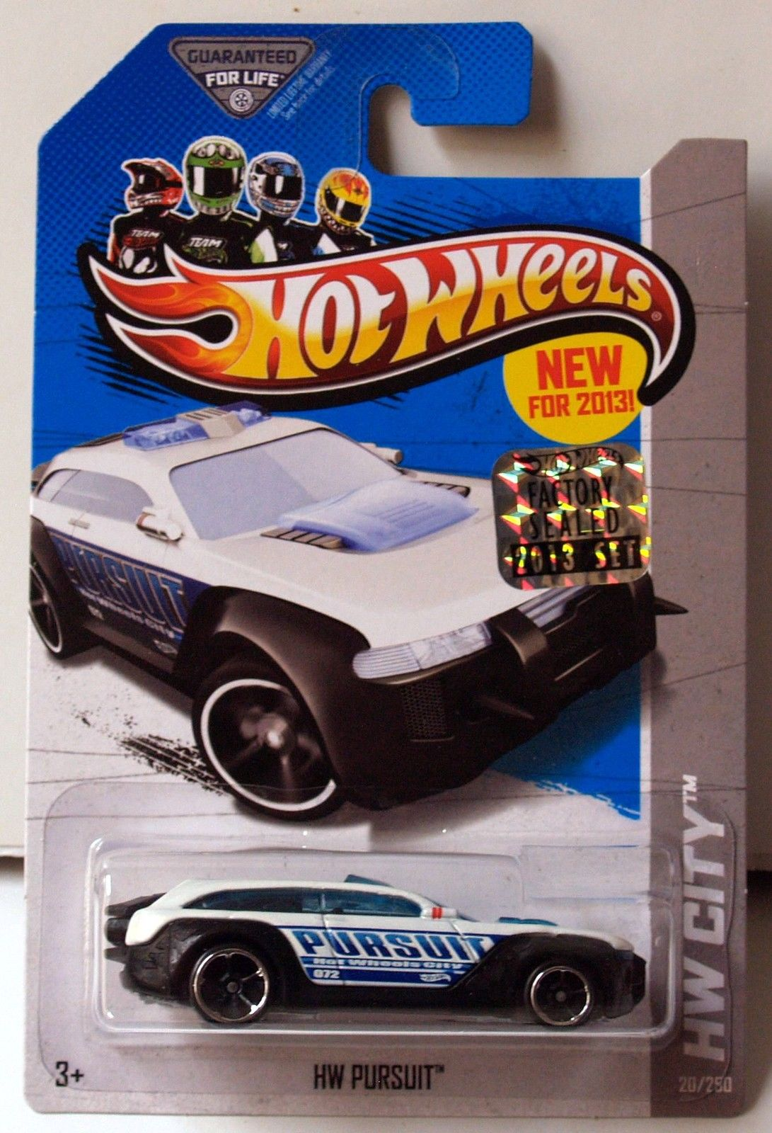 HOT WHEELS 2013 HW CITY - HW RESCUE HW PURSUIT WHITE FACTORY SEALED