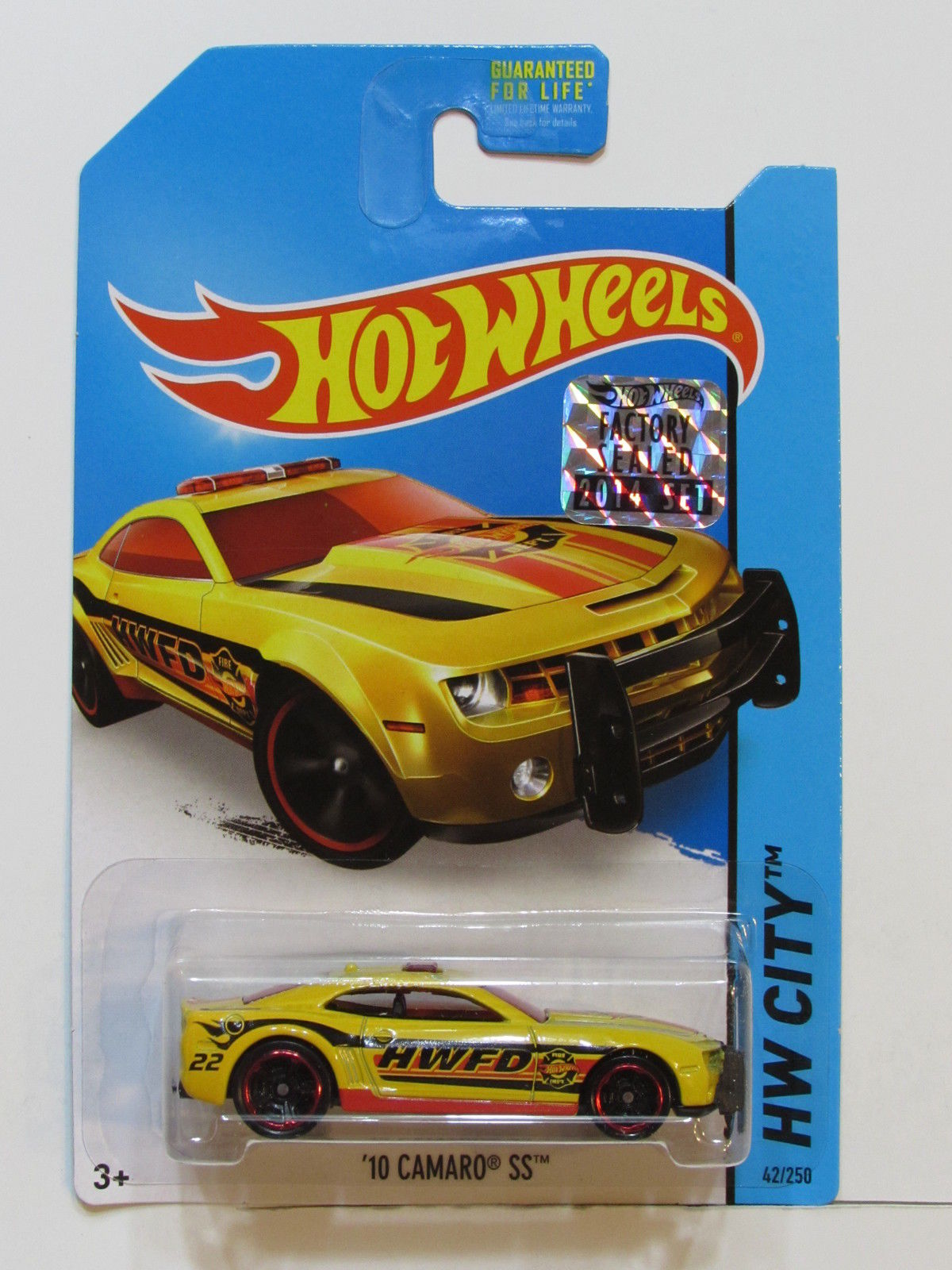 HOT WHEELS 2014 HW CITY 10 CAMARO SS FACTORY SEALED YELLOW