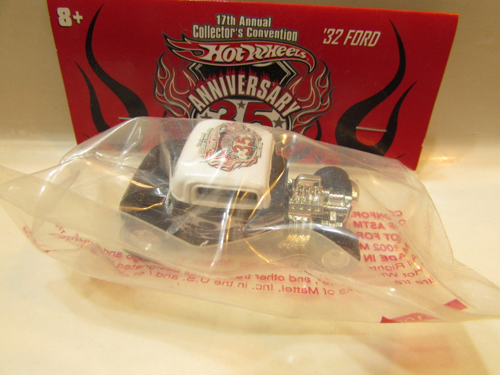 HOT WHEELS ANNIVERSARY 35 - '32 FORD COUPE 17TH CONVENTION - BAGGIE E+