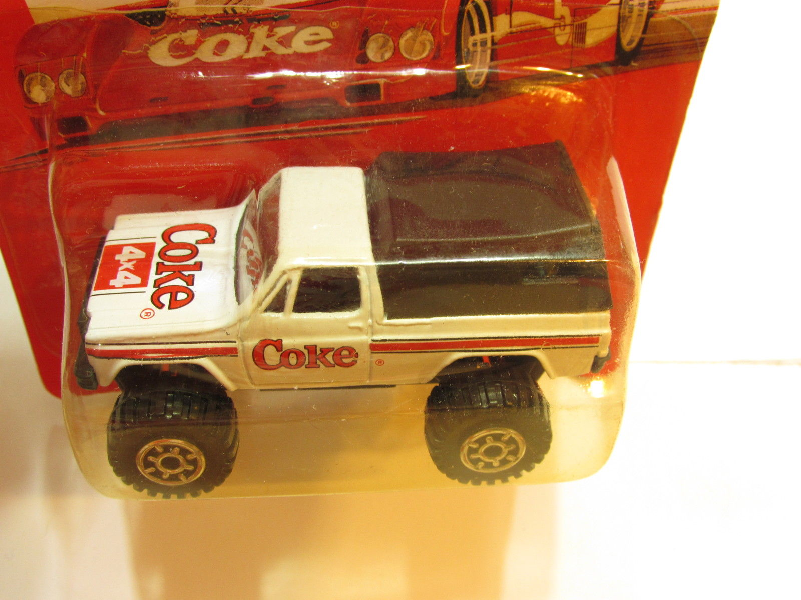 COCA COLA DIE CAST METAL TOY VEHICLES 4X4 TRUCK WHITE