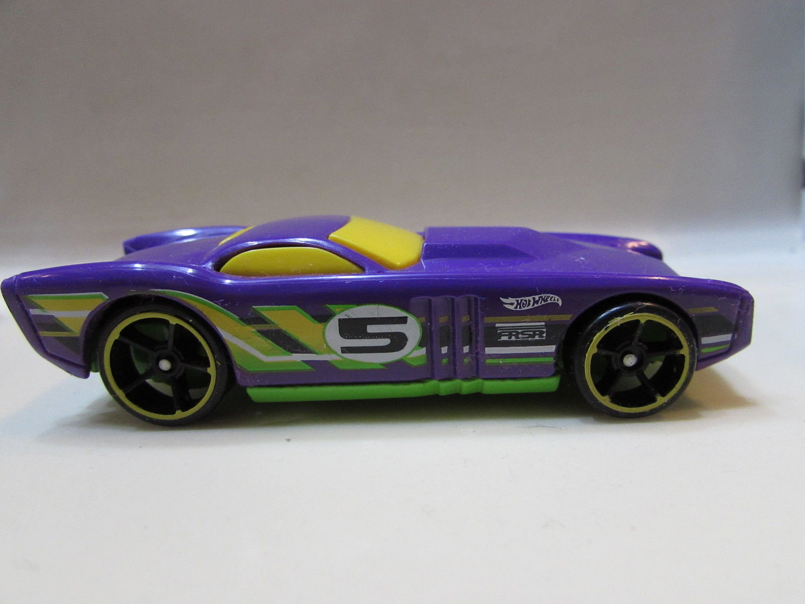 HOT WHEELS FROM 5 CAR PACK THE GOV' NER LOOSE
