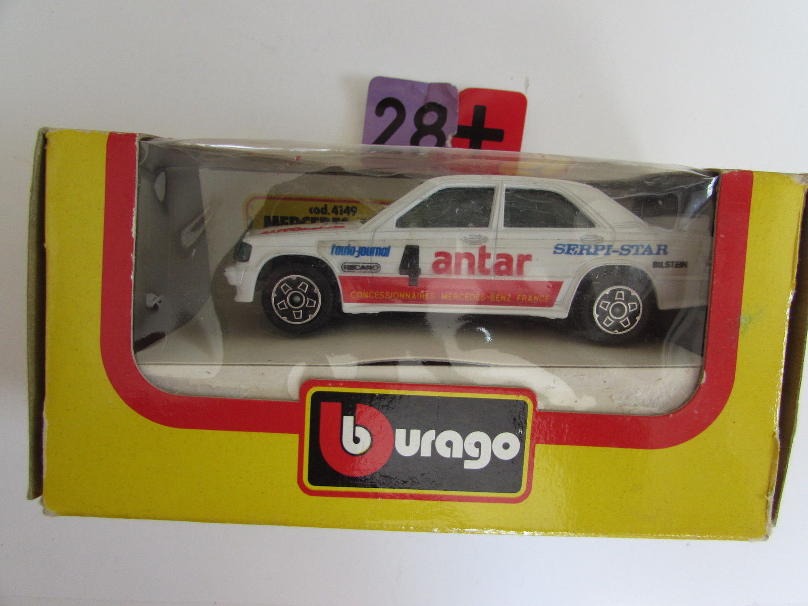 BBURAGO DIE CAST METAL MODEL W/ PLASTIC PARTS MERCEDES - BENZ 190 E