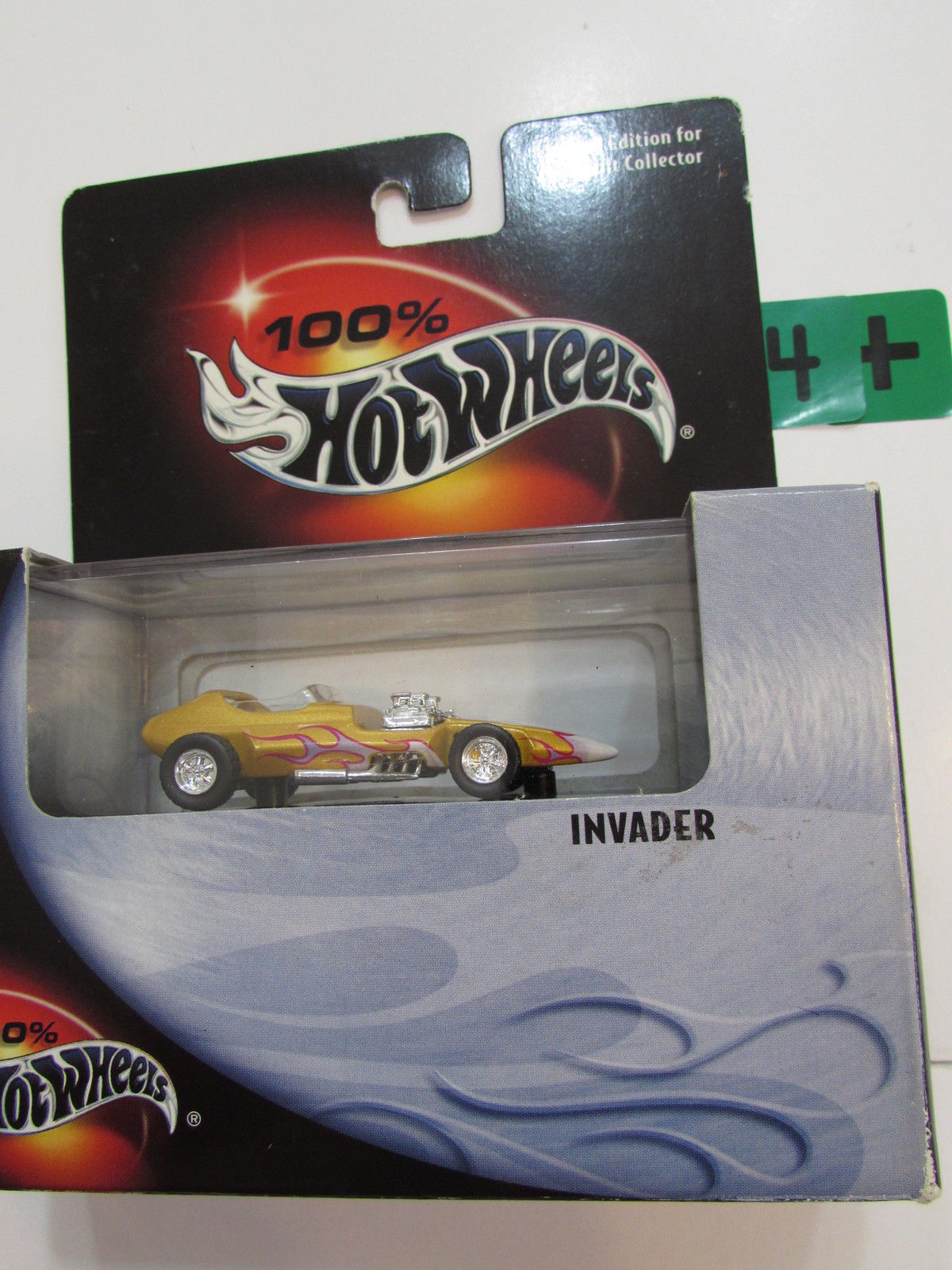 100% HOT WHEELS - INVADER GOLD