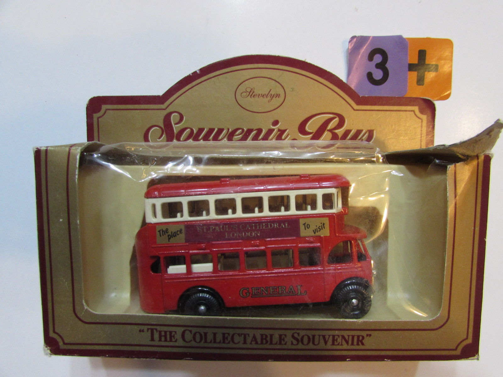 STEVELYN SOUVENIR BUS - THE COLLECTABLE SOUVENIR