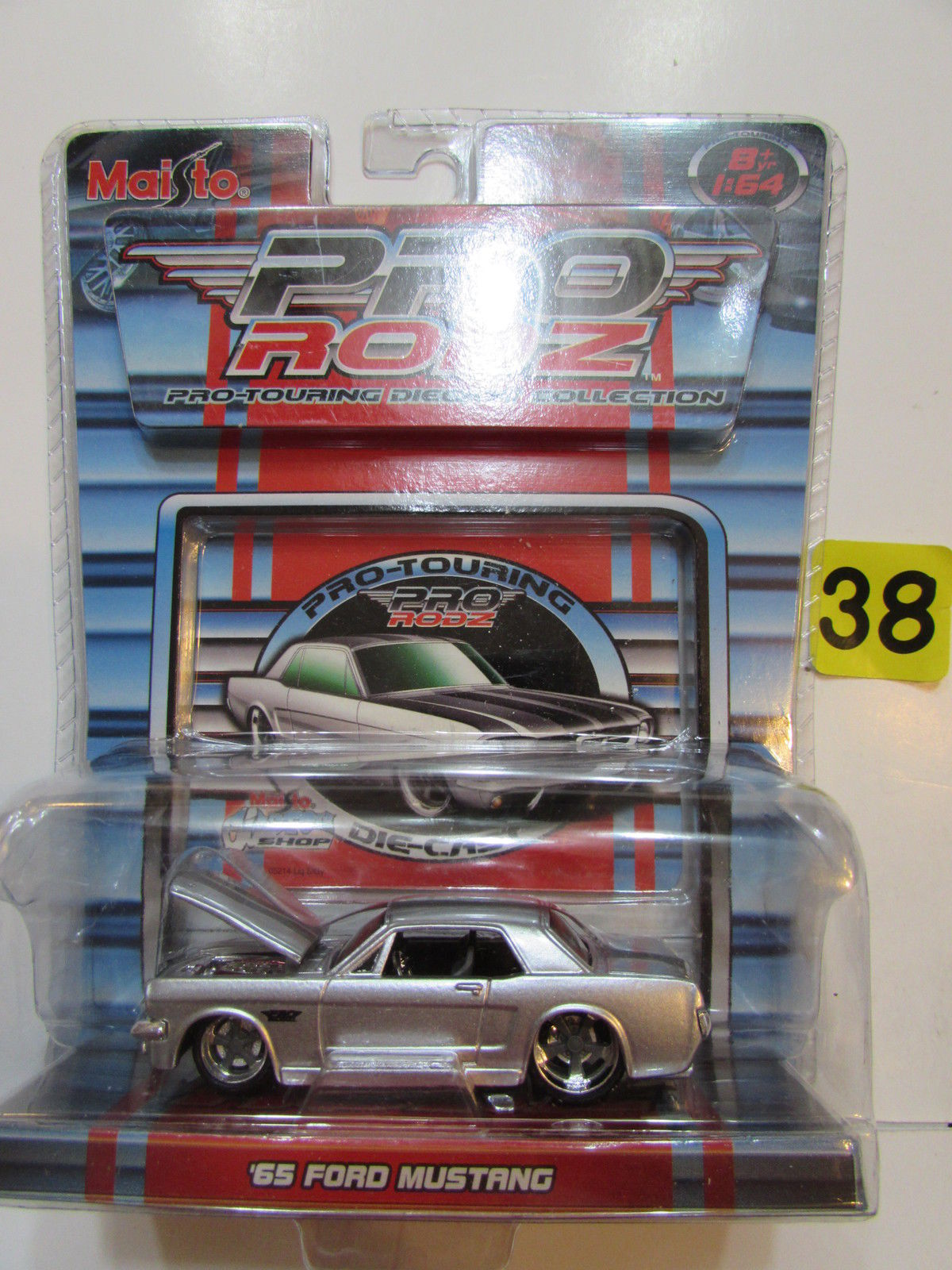 MAISTO PRO RODZ 1:64 '65 FORD MUSTANG GOLD
