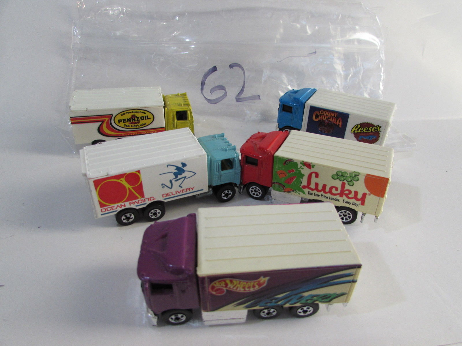 HOT WHEELS LOT OF 5 HAULER PENNZOIL LUCKY - 1990 1991 MALAYSIA - CHINA BASE