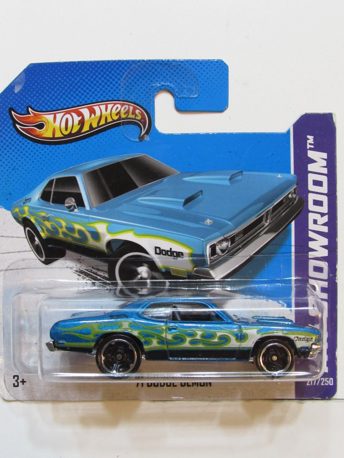 HOT WHEELS 2013 HW SHOWROOM - HEAT FLEET '71 DODGE DEMON SHORT CARD