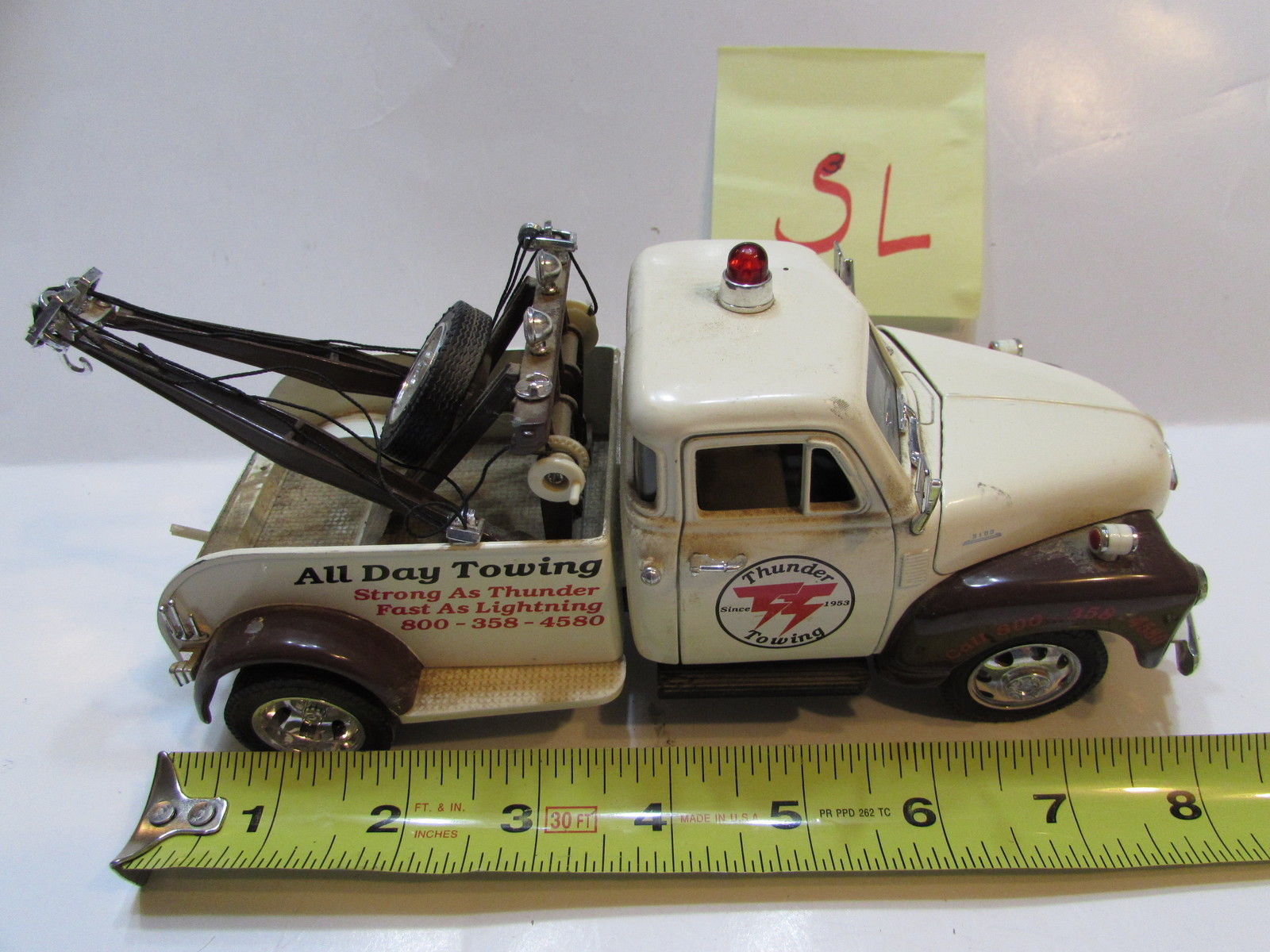 ALL DAY TOWING 1953 CHEVY WRECKER SCALE 1:24 NO. 50100