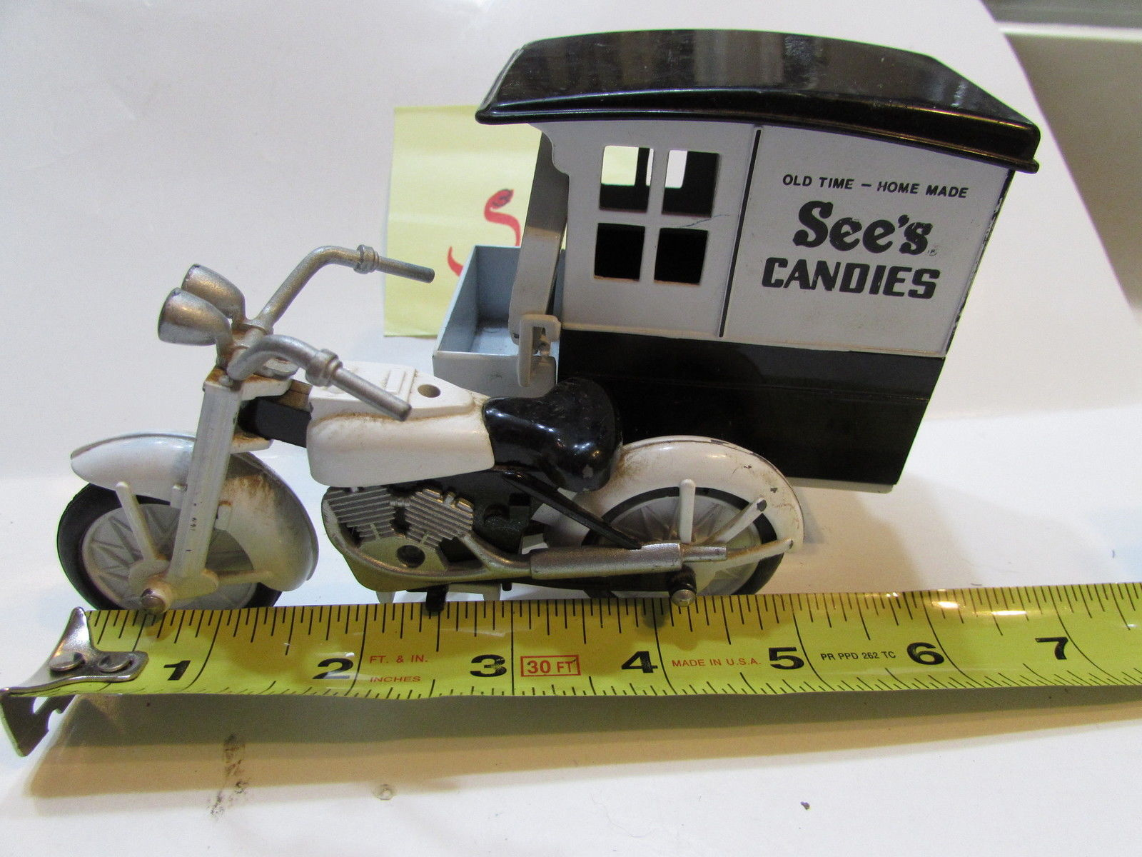 DIE - CAST COLLECTIBLE - SEE'S CANDY MOTORCYCLE W/ SIDECAR