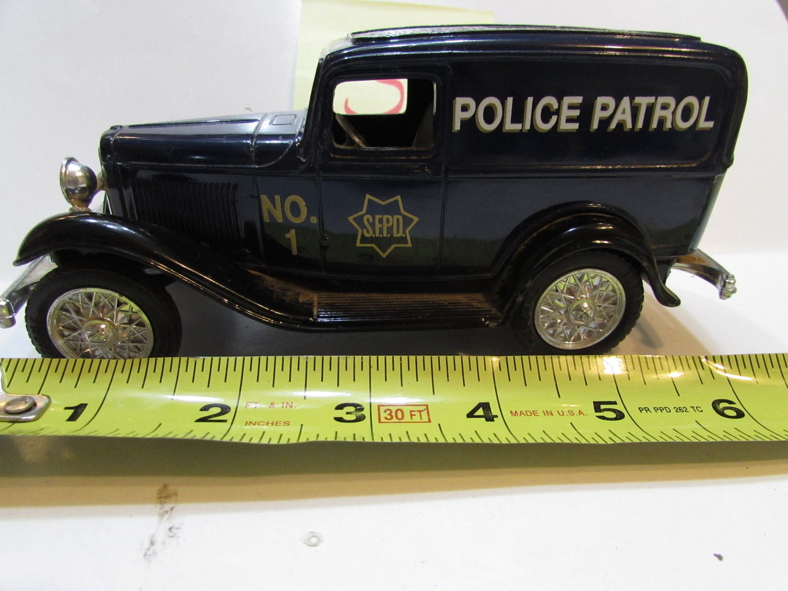 ERTL POLICE PATROL 1932 FORD DELIVERY VAN - BANK - MADE IN MEXICO - LOOSE