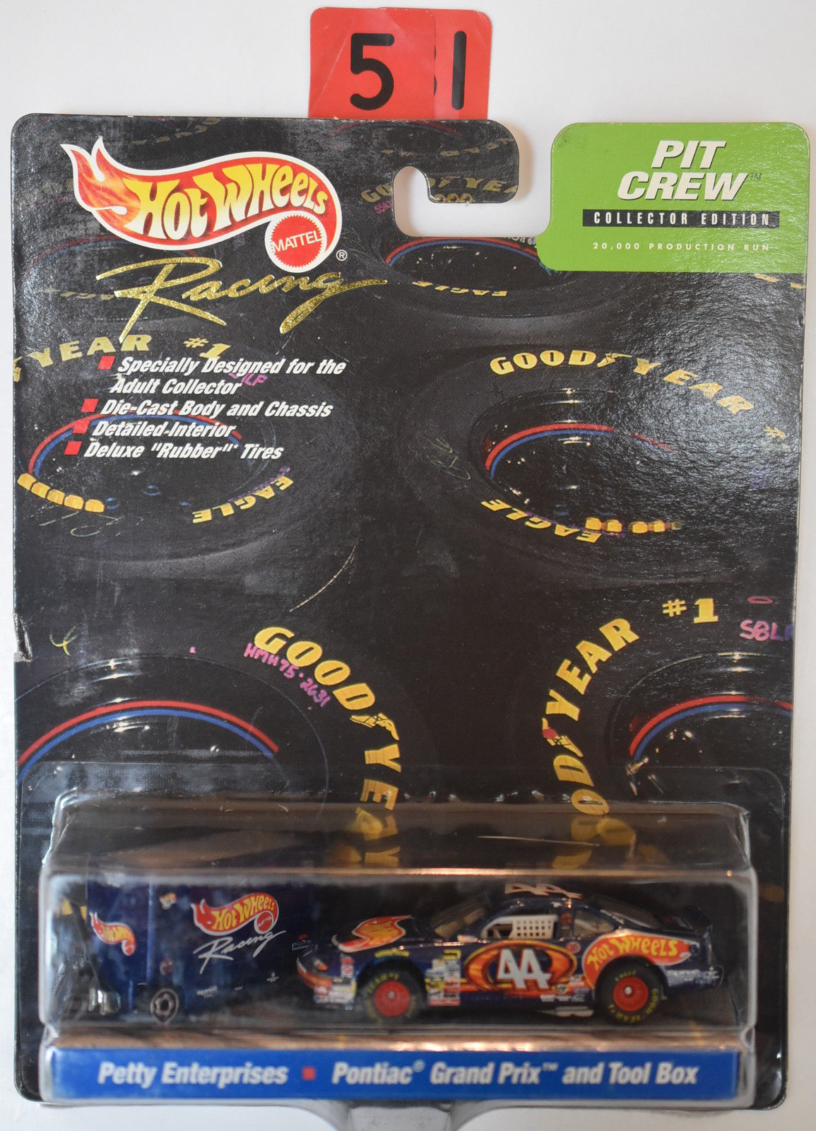 HOT WHEELS RACING PIT CREW KYLE PETTY PONTIAC GRAND PRIX & TOOL BOX #44