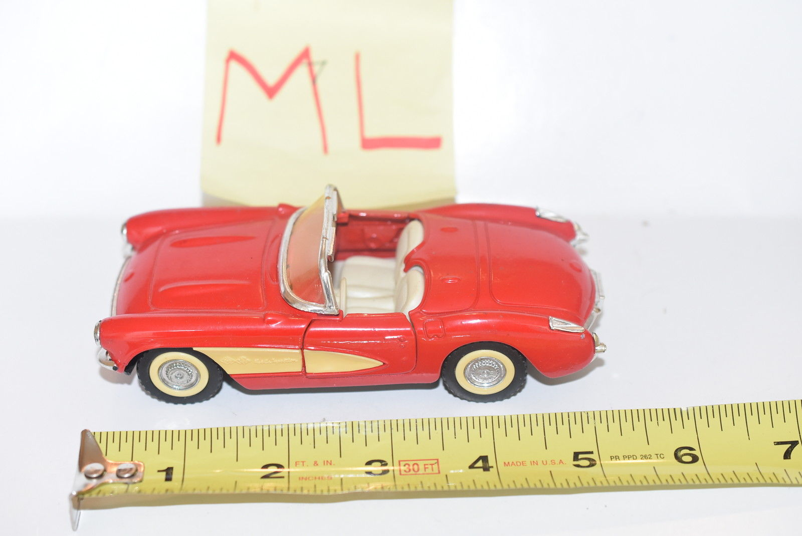 MAJORETTE '57 CORVETTE RED 1/30 LOOSE
