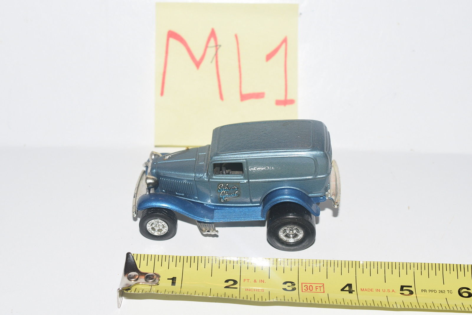 ERTL '32 FORD PANEL HOT ROD - LOOSE