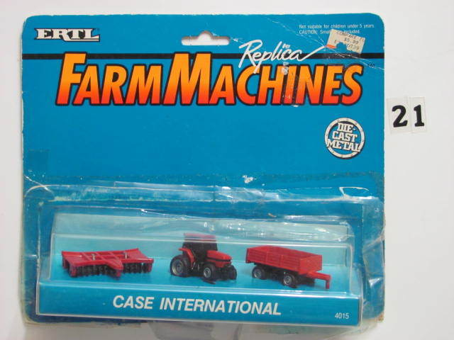 ERTL FARMMACHINES REPLICA DIE-CAST METAL 3 PCS CASE INTERNATIONAL 4015
