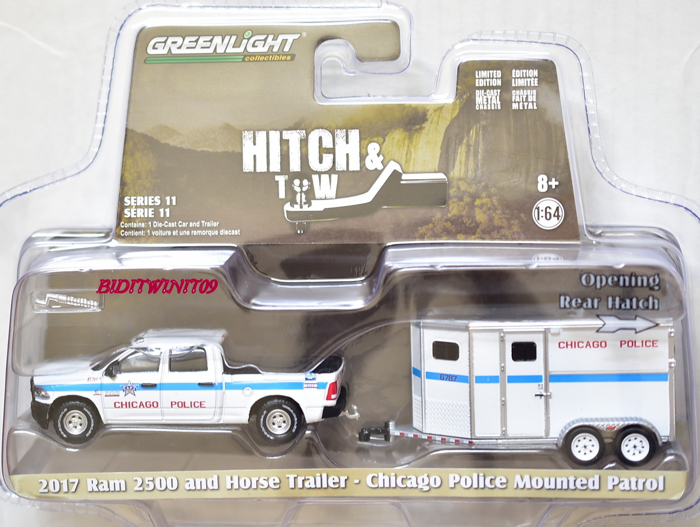 GREENLIGHT 2017 RAM 2500 AND HORSE TRAILER - CHICARO POLICE MOUNTED PATROL