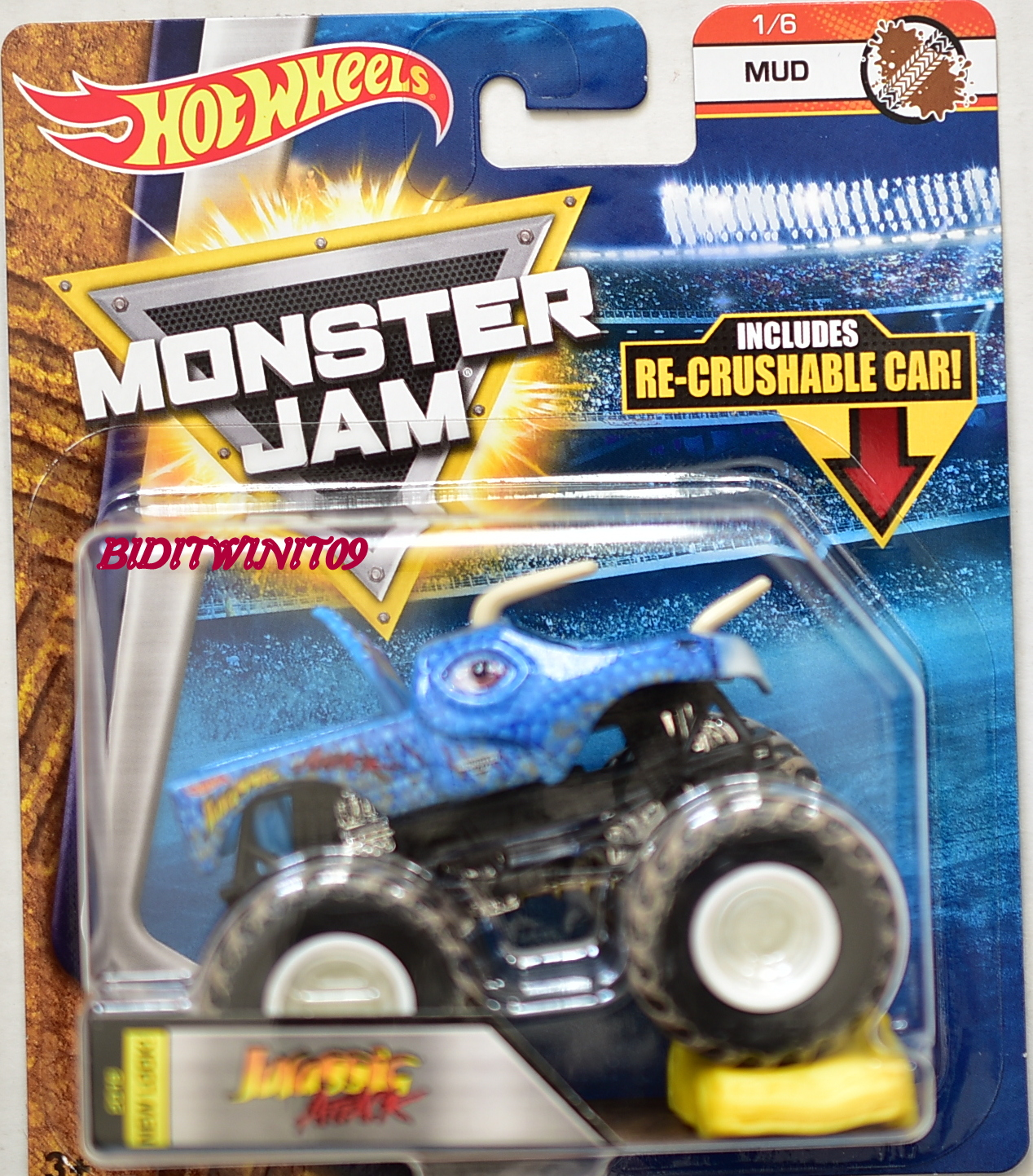 HOT WHEELS 2017 MONSTER JAM W/ RE-CRUSHABLE CAR JURASSIC ATTACK MUD 1/6