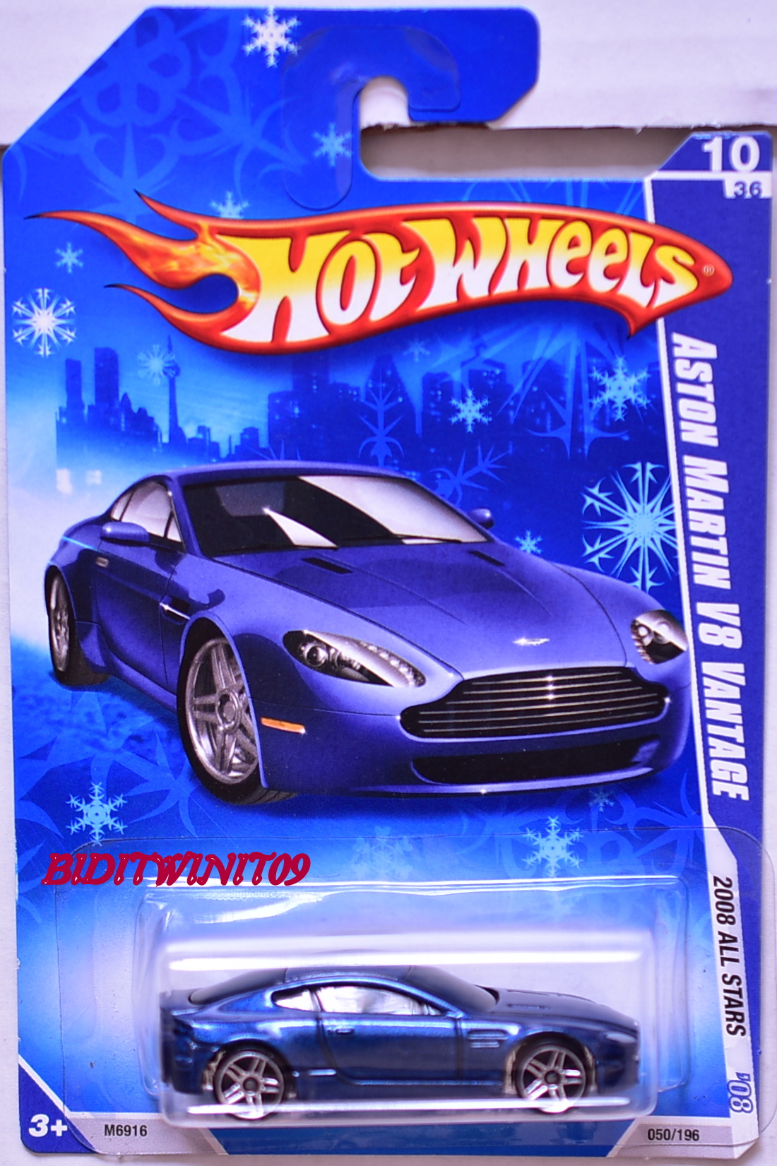 HOT WHEELS 2008 ALL STARS ASTON MARTIN V8 VANTAGE #10/36 BLUE SNOW CARD E+
