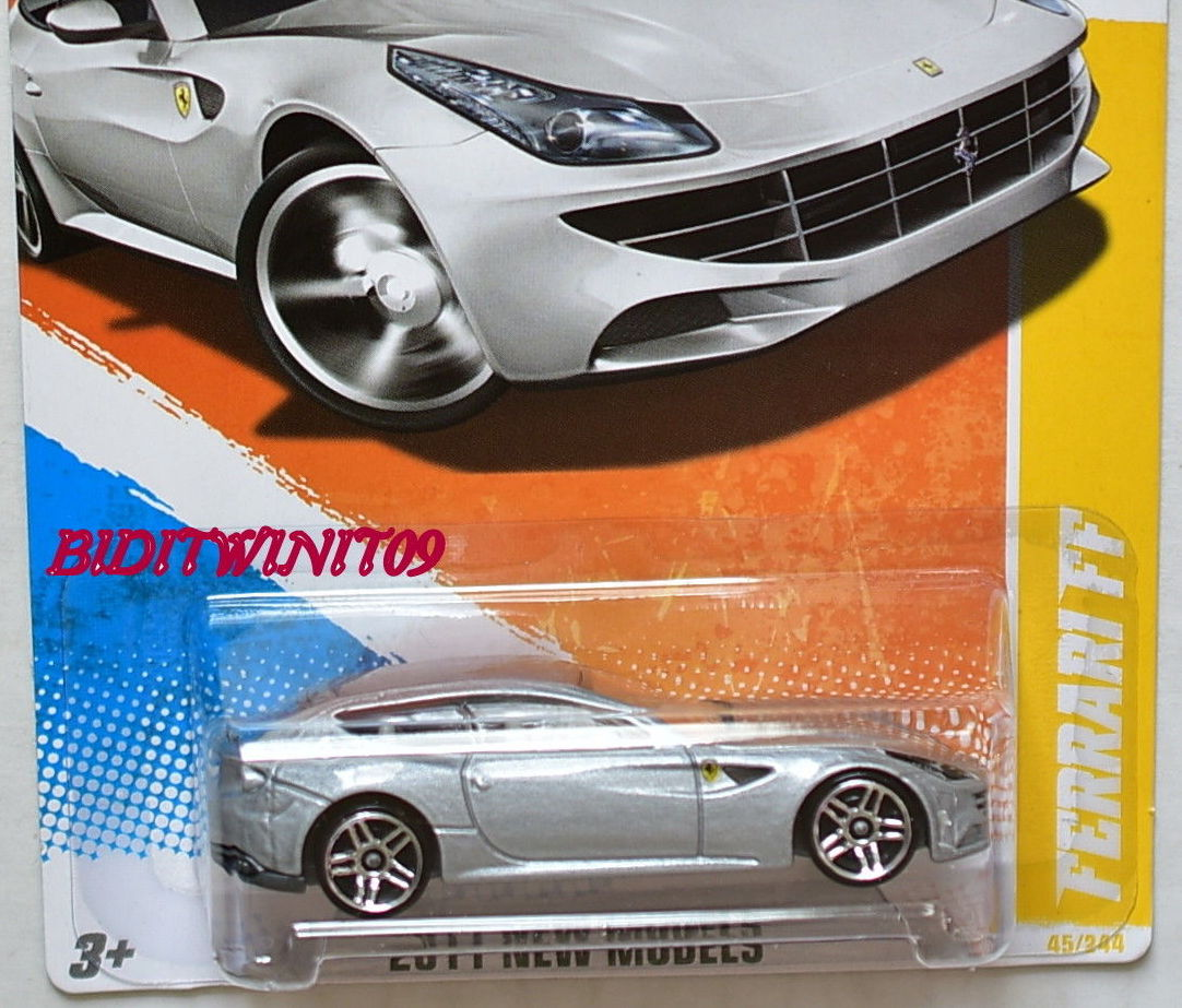 HOT WHEELS 2011 NEW MODELS FERRARI FF #45/50 SILVER