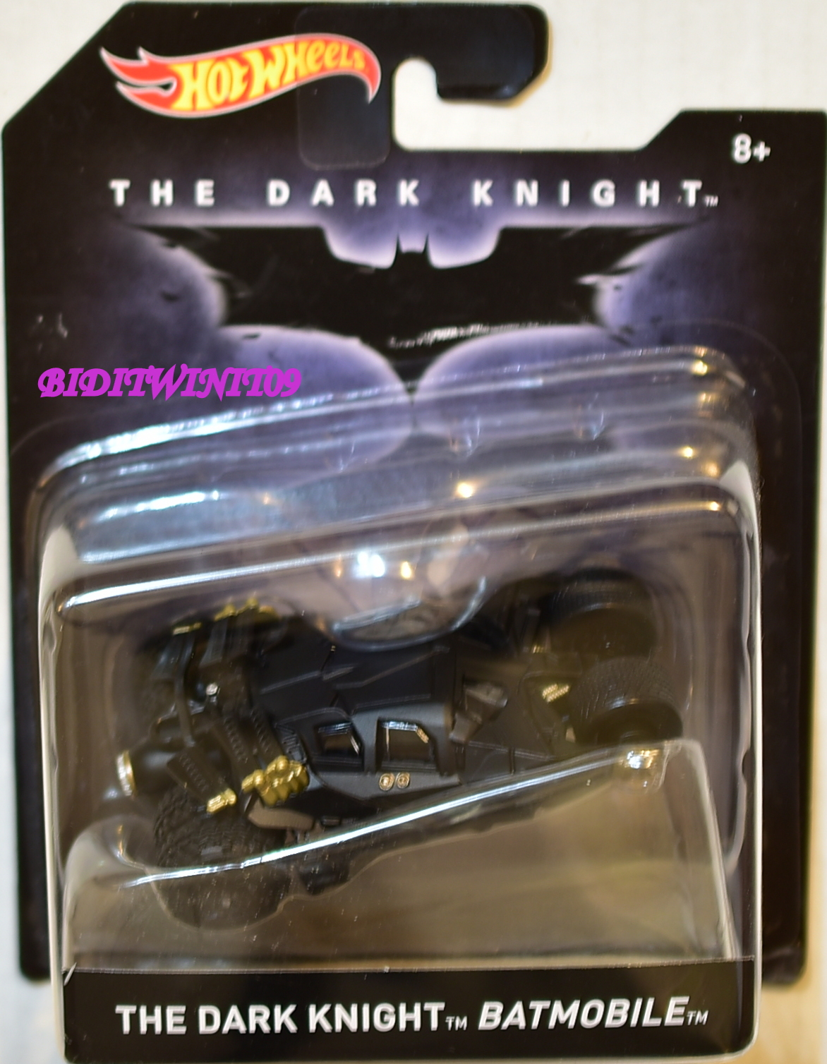 HOT WHEELS BATMAN 2016 THE DARK KNIGHT BATMOBILE SCALE 1:50