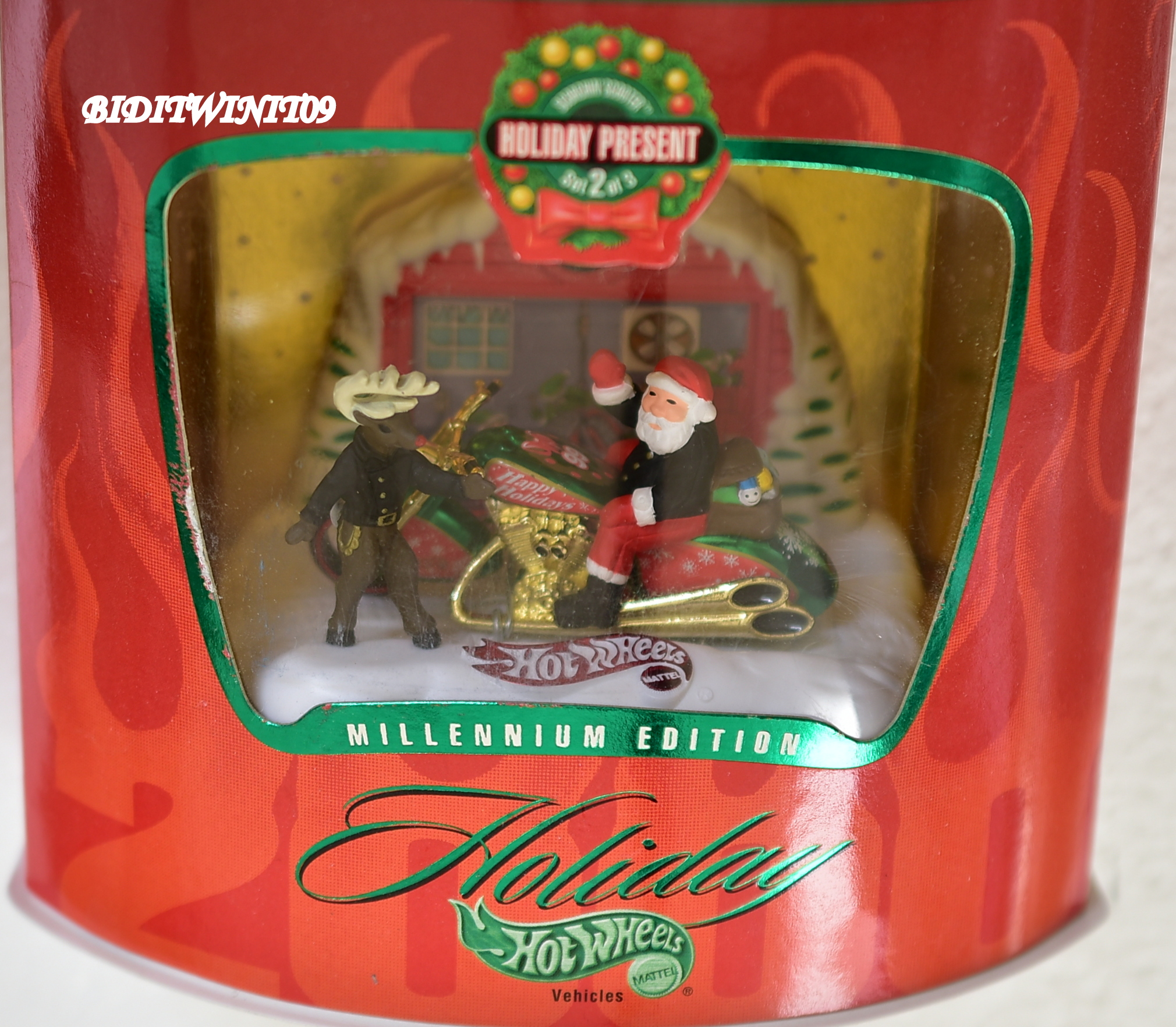 HOT WHEELS HOLIDAY PRESENT MLLENNIUM EDITION SCORCHIN SCOOTER E+