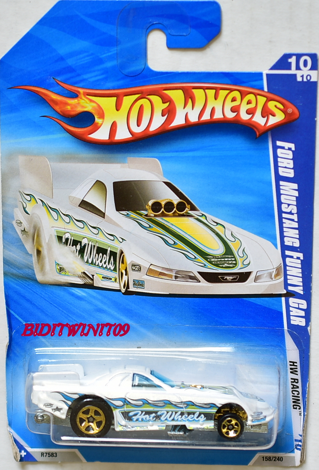 HOT WHEELS 2010 HW RACING FORD MUSTANG FUNNY CAR WHITE