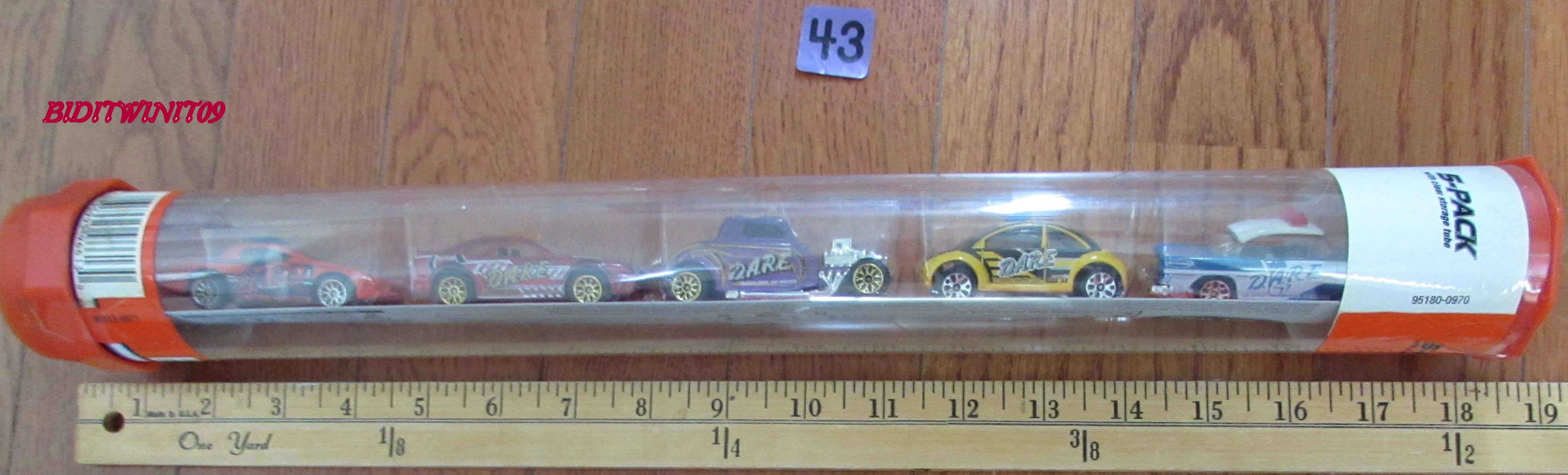HOT WHEELS 5 CAR PACK CHEVY MUSTANG BEETLE E+