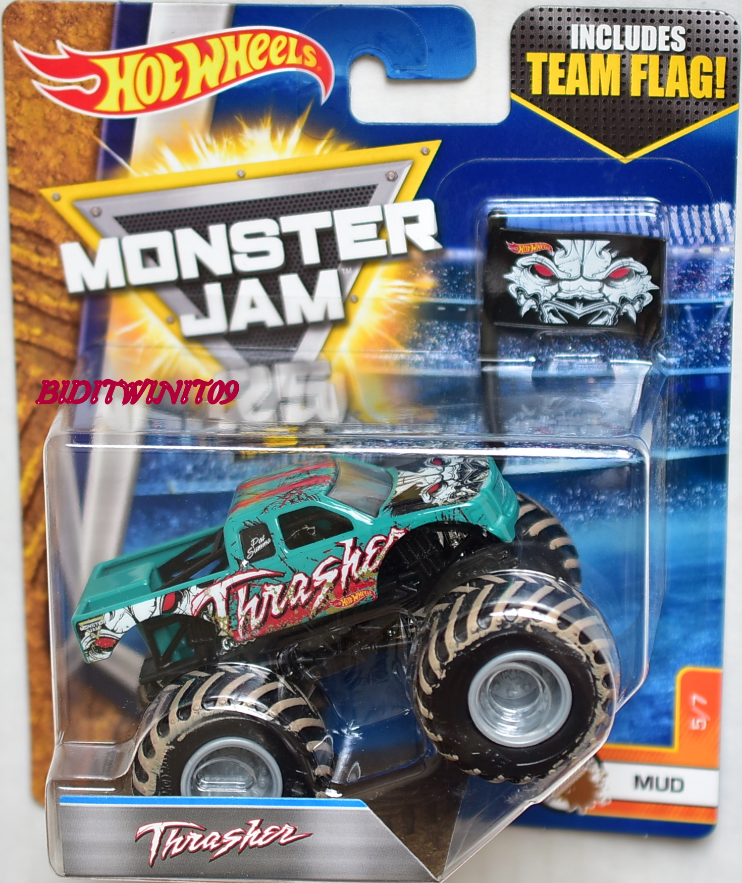 HOT WHEELS 2017 MONSTER JAM INCLUDES TEAM FLAG THRASHER - MUD