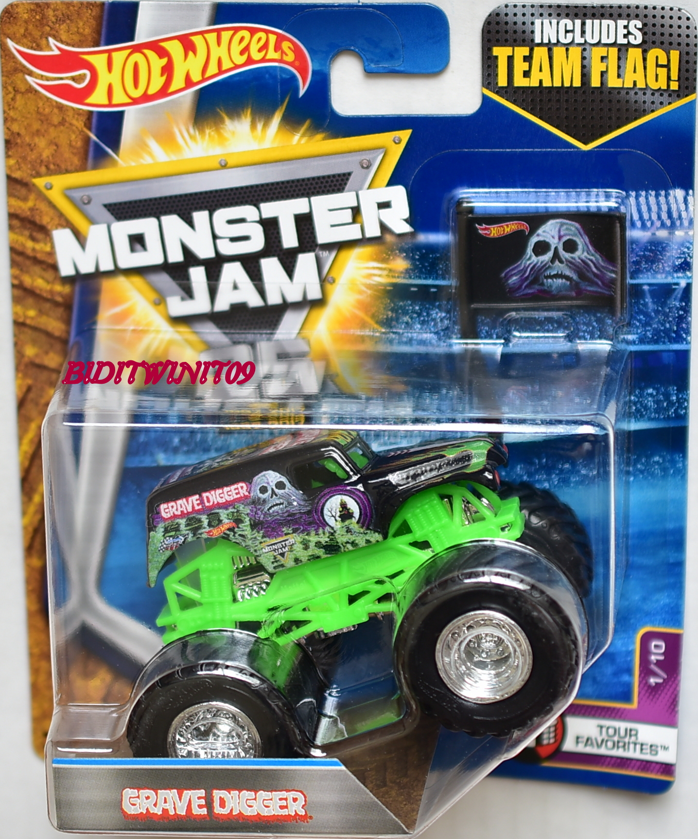 HOT WHEELS 2017 MONSTER JAM INCLUDES TEAM FLAG GRAVE DIGGER - TOUR FAVORITES