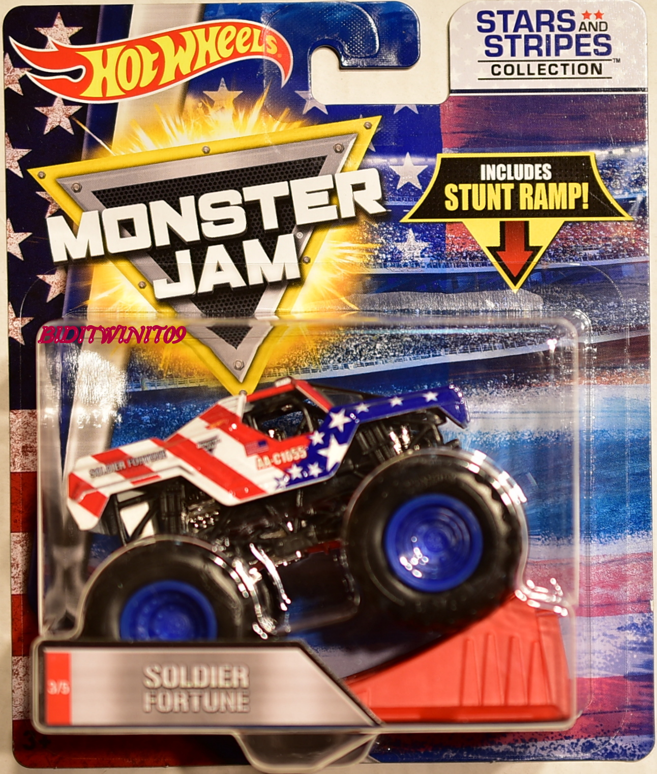 HOT WHEELS MONSTER JAM STARS AND STRIPERS COLLECTION STUNT RAMP SOLDIER FORTUNE