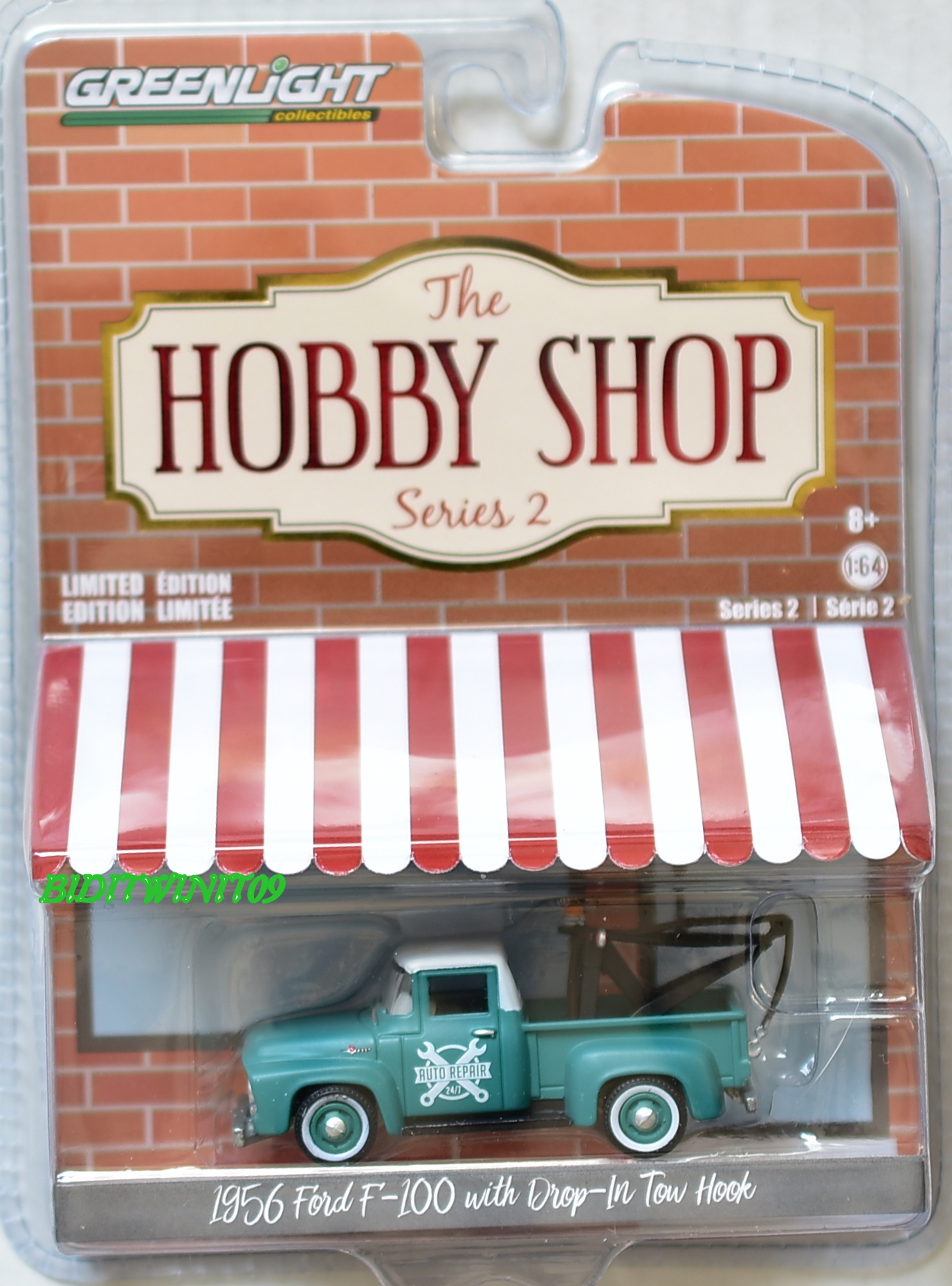 GREENLIGHT HOBBY SHOP SERIES 2 1956 FORD F-100 WITH DROP-IN TOW HOOK