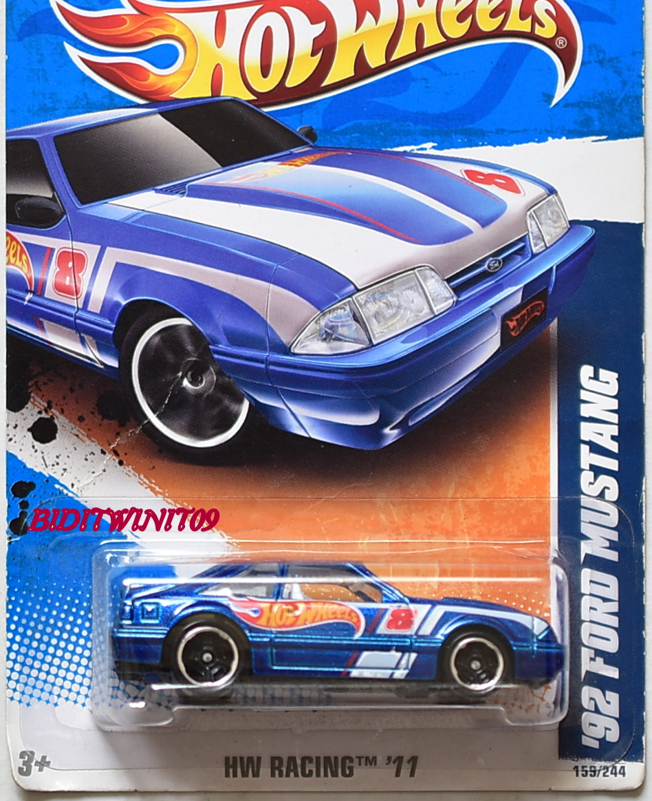 HOT WHEELS 2011 HW RACING '92 FORD MUSTANG #9/10 BLUE
