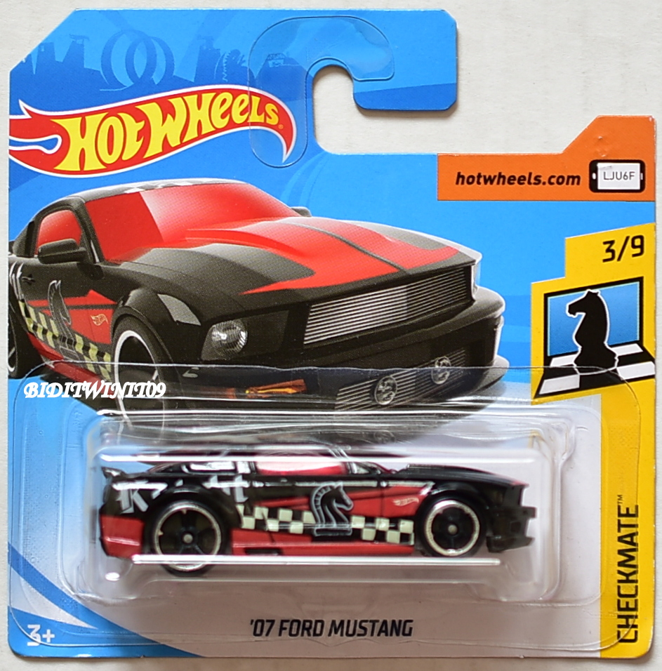 HOT WHEELS 2018 CHECKMATE '07 FORD MUSTANG #3/9 BLACK SHORT CARD
