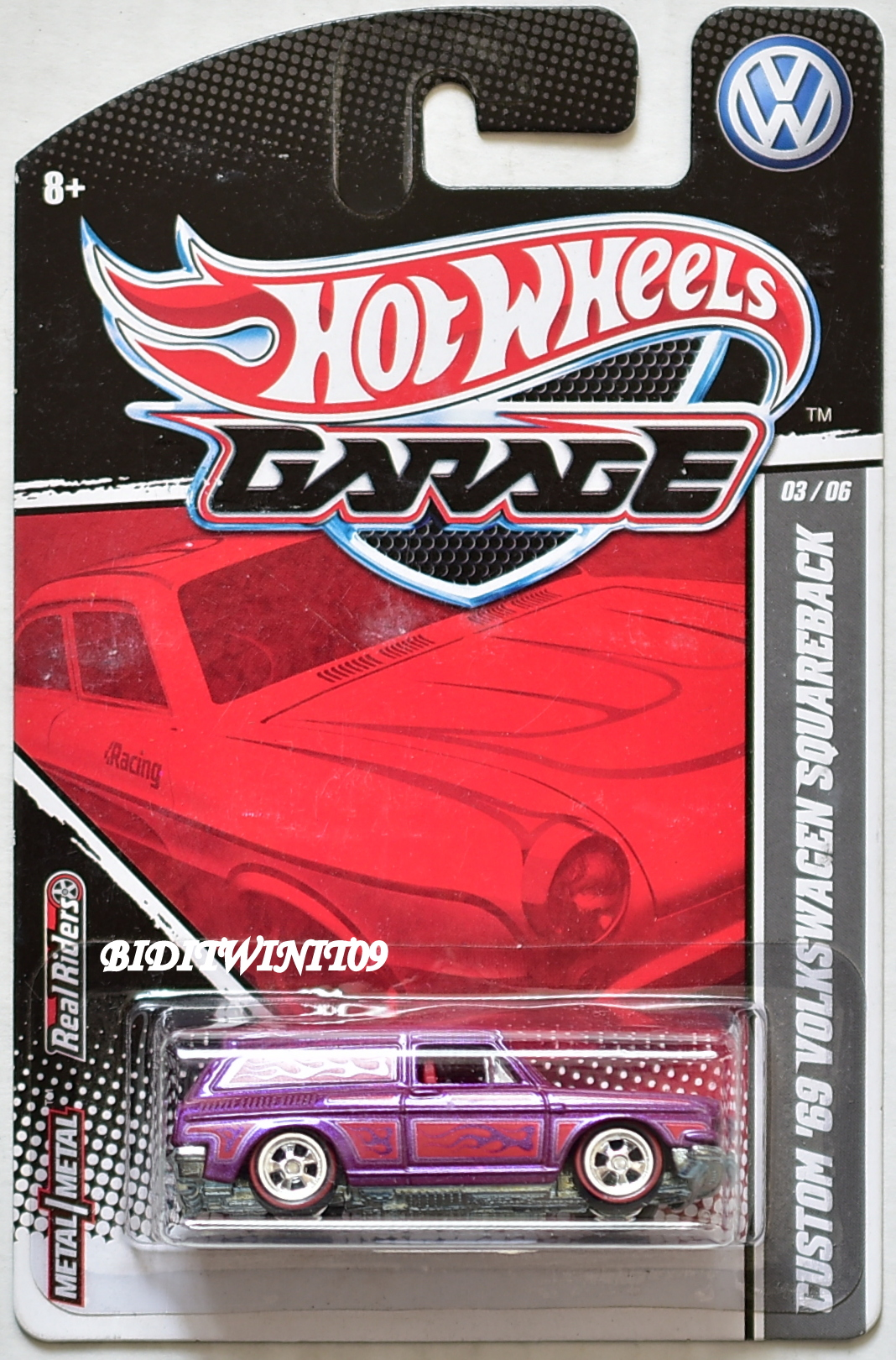 HOT WHEELS GARAGE CUSTOM '69 VOLKSWAGEN SQUAREBACK #03/06 PURPLE