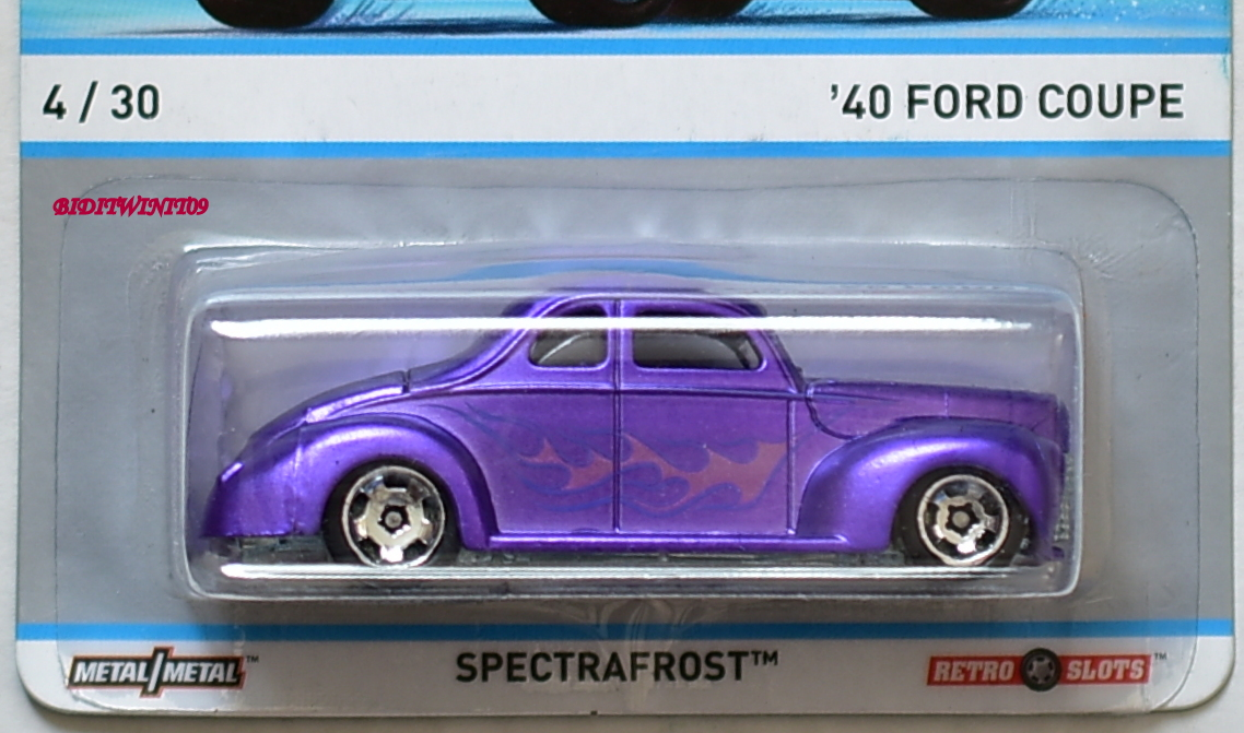 HOT WHEELS COOL CLASSICS SPECTRAFROST '40 FORD COUPE #4/30