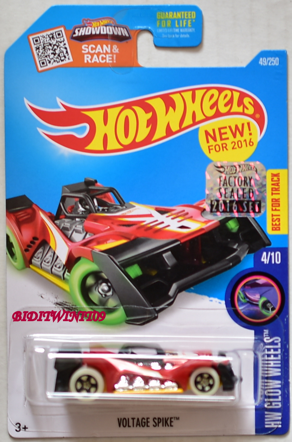HOT WHEELS 2016 HW GLOW WHEELS VOLTAGE SPIKE RED FACTORY SEALED