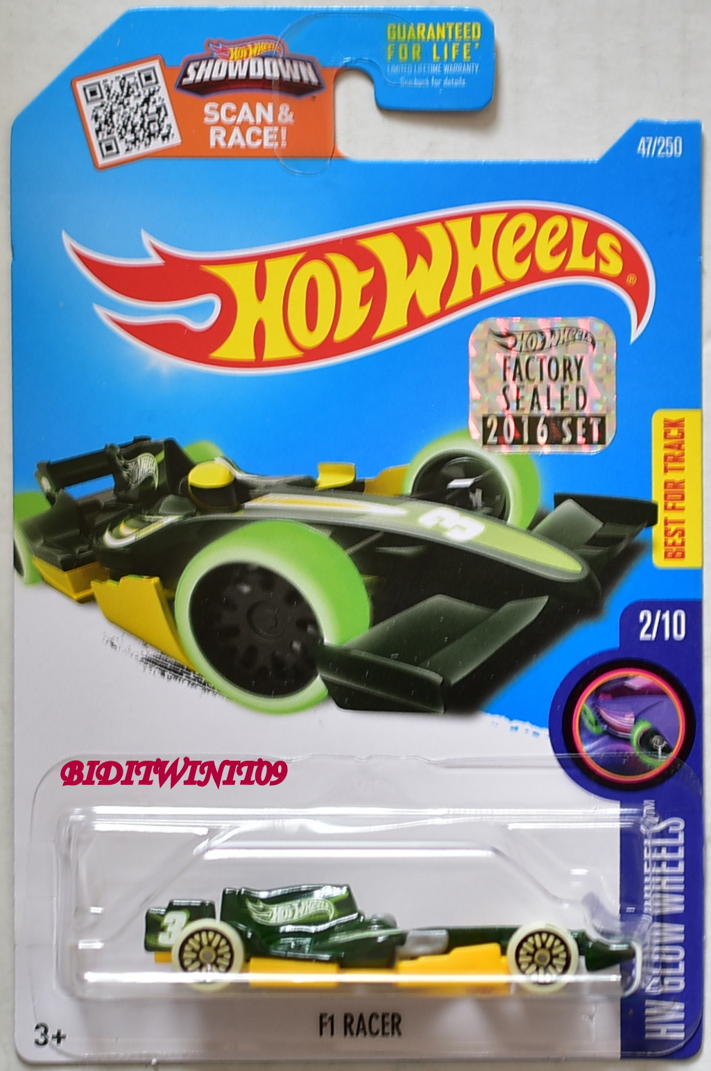 HOT WHEELS 2016 HW GLOW WHEELS F1 RACER GREEN FACTORY SEALED E+