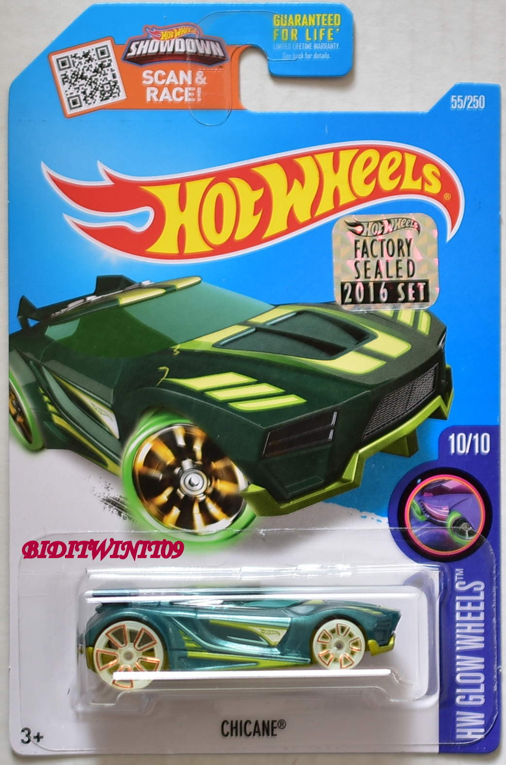 HOT WHEELS 2016 HW GLOW WHEELS CHICANE #10/10 GREEN FACTORY SEALED E+