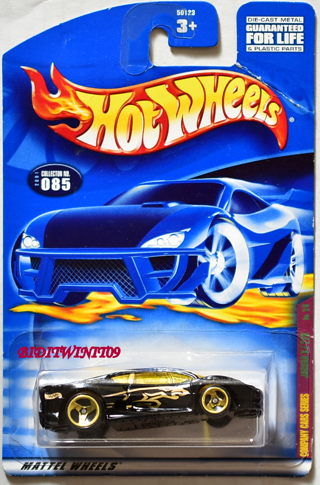 HOT WHEELS 2001 JAGUAR XJ220 BLACK #085 MIB BENT CARD