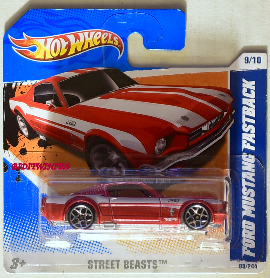 HOT WHEELS 2011 STREET BEASTS FORD MUSTANG FASTBACK RED SHORT CARD E+