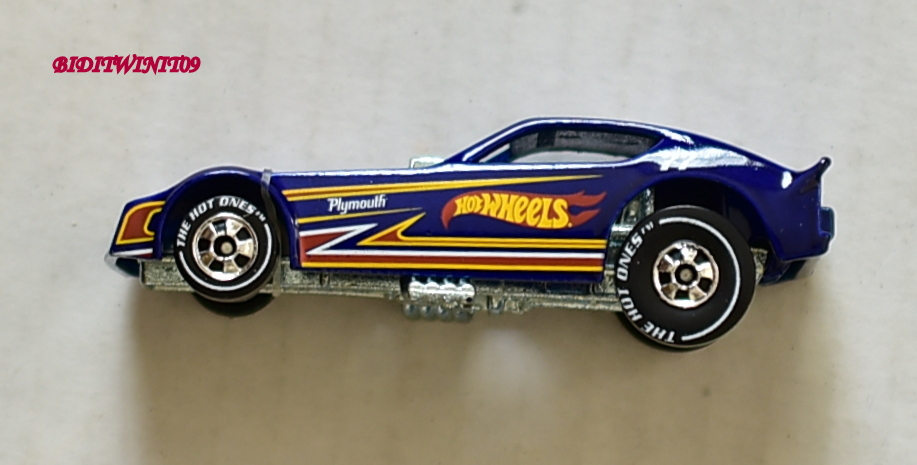 HOT WHEELS THE HOT ONES PLYMOUTH ARROW FUNNY CAR CHASE E+