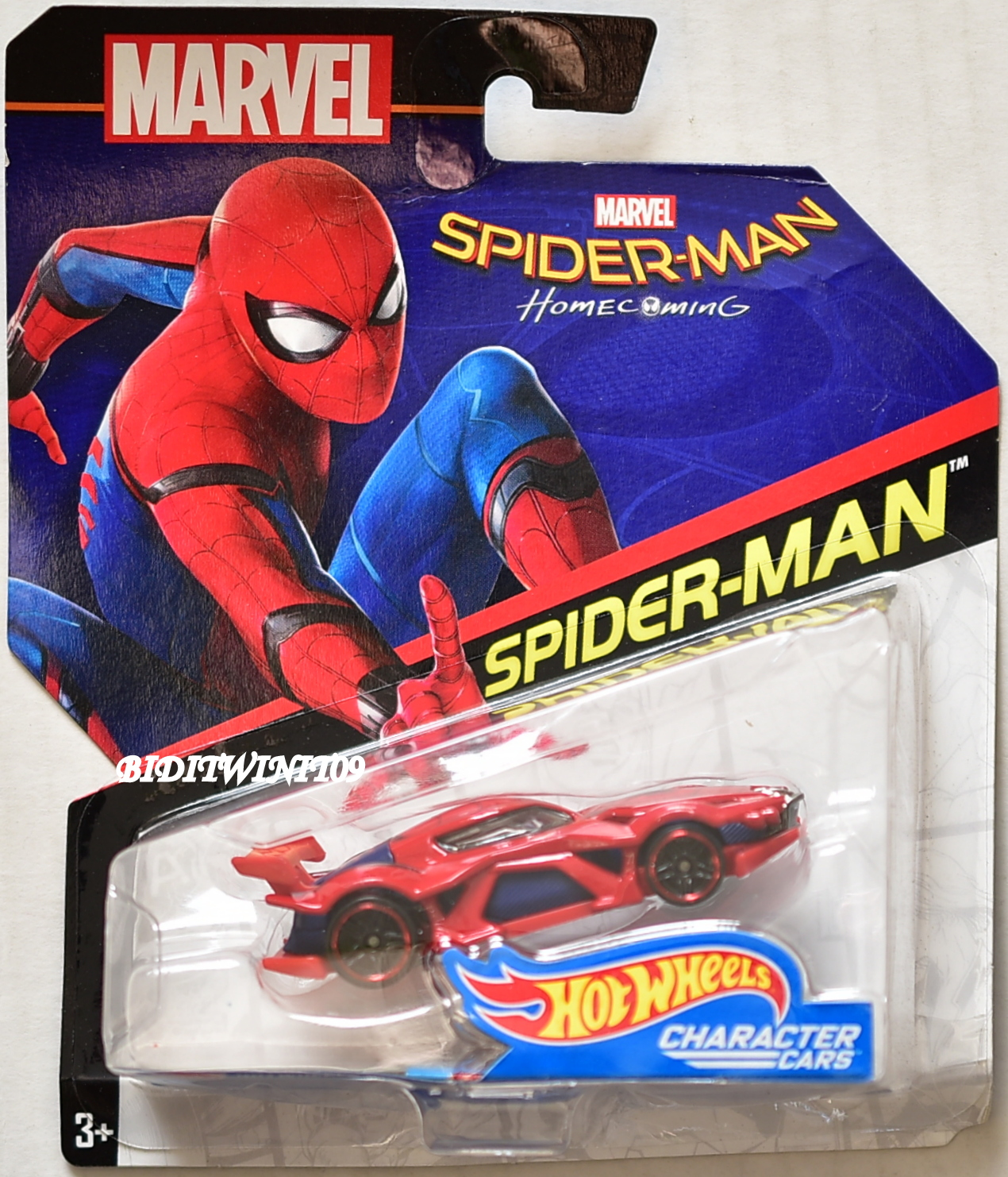 HOT WHEELS 2017 MARVEL CHARACTER CARS HOME COMING SPIDER-MAN BENT CARD E+