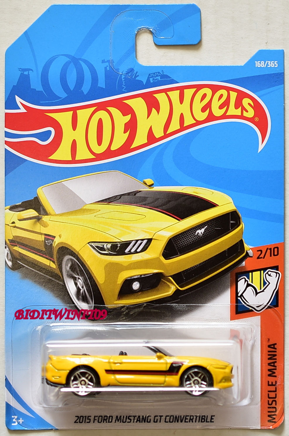 Hot wheels 2018 muscle mania 2015 ford mustang gt convertible yellow